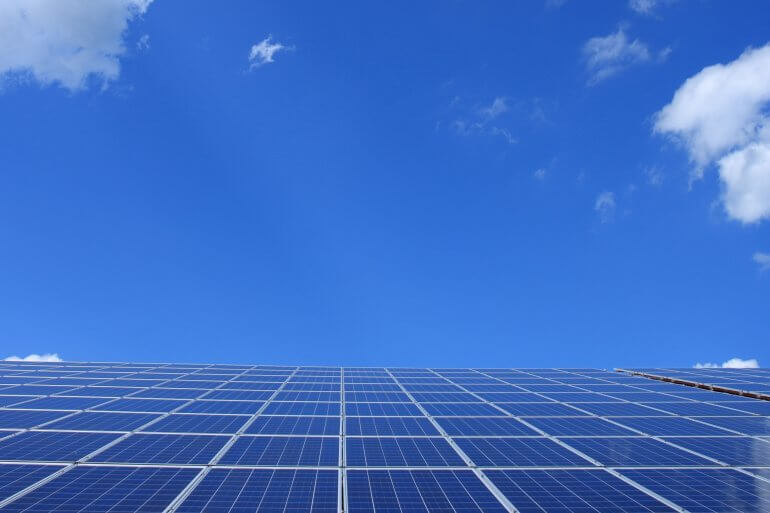 How Solar Panels Power Your Home